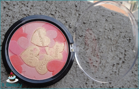 Stila Make me blush review powder
