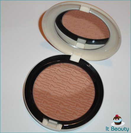 MAC Studio Careblend Lush Light Bronze Surf Baby