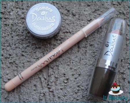 Dailus sombra iluminadora lápis bege batom nude