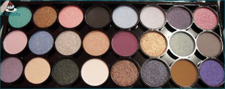 MUA Immaculate Collection eye shadow palette
