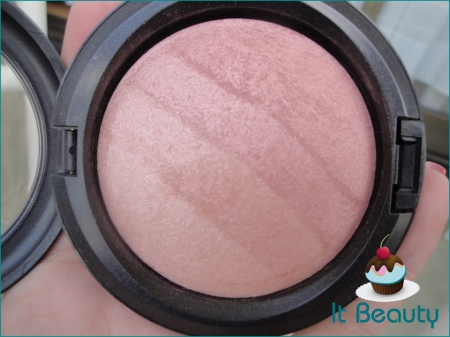 MAC Mineralize Skinfinish Blonde Naturally Collection