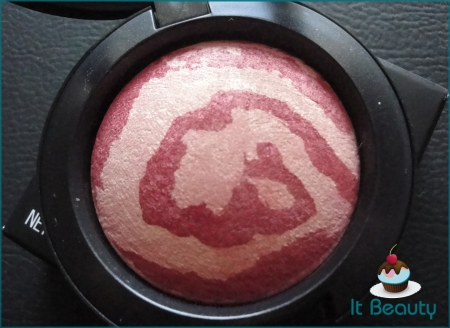 MAC Mineralize Ring of Saturn blush Heavenly Creatures