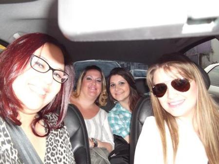 Aline, Alê, Carol e Mia
