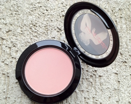 MAC Marilyn Monroe The perfect cheek