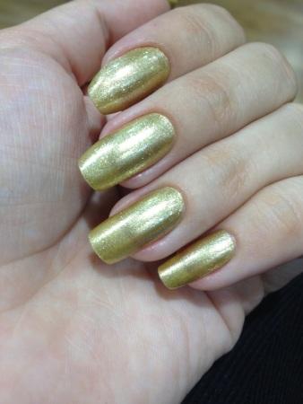 Esmalte Gold Mettallic Ellen Gold