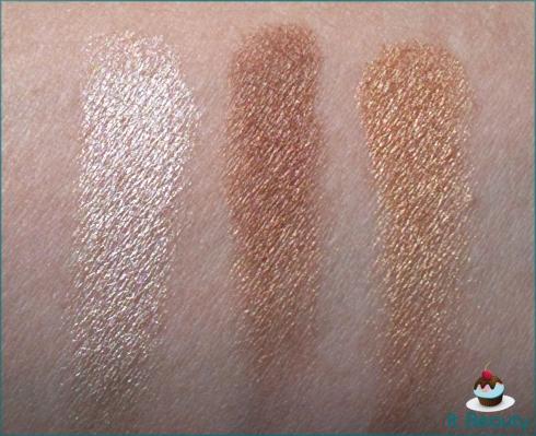 Stila Eye Shadow trio Gold Glow swatch