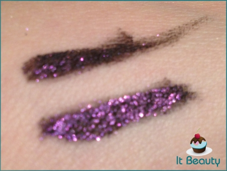 Delineador Stila Barbie swatch 3