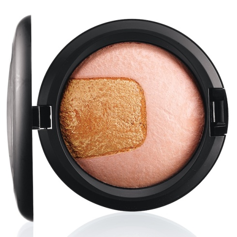 mac-divine-night-Center of Attention mineralize