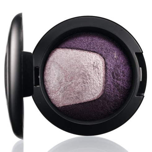 mac-divine-night-Mineralize Eye Shadow in Past Midnight