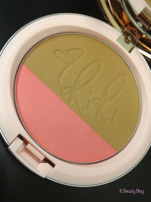 Riri hearts MAC Powder Blush Hibiscus Kiss limited edition