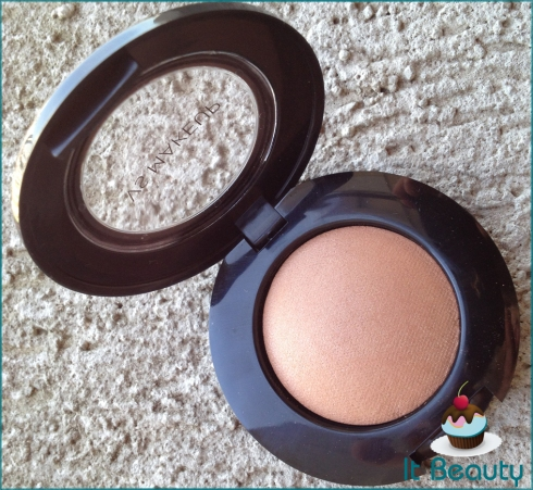 VS Heavenly Look Glowing Baked Bronzer