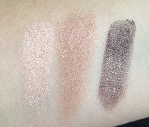 swatch Victoria's Secret Ultimate Look shadow trio Most Wanted
