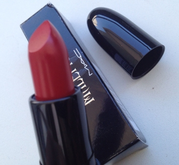 MAC Maleficent True Love`s Kiss lipstick
