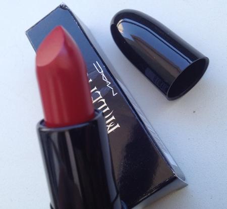 MAC Maleficent True Love`s Kiss lipstick