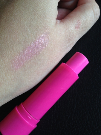 Maybelline baby lips pink punch swatch